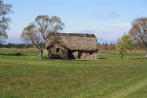 Picture of an ancient grass hut on the highlands near Culloden