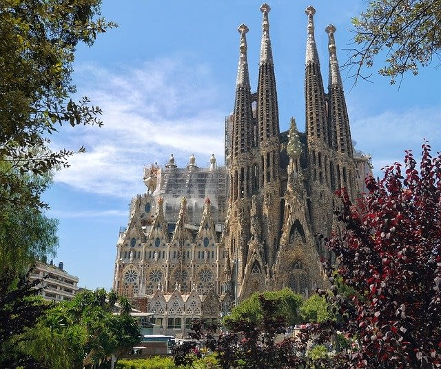Picture of the amazing spires and incredible architecture of the Barcelona Cathedral